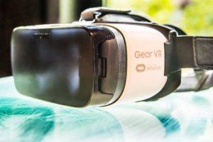 Virtual_Reality_Headsets_03